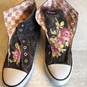 Airwalk hi-Top patterned tattoo sneakers.Size 12